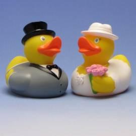 Paperella di gomma sposi con il cappello - Bild vergrößern
